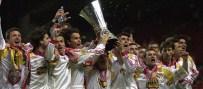 LEEDS UNITED - Galatasaray'dan 'UEFA Kupası' Mesajı