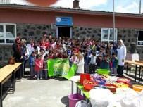ÇAM SAKıZı - Şehirder'den Köy Okullarına Diş Fırçası Ve Macunu