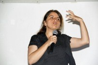 İLKOKUL ÖĞRETMENİ - 76 Yıllık Sinema Salonunda 'Medyayı Anlama' Paneli Düzenlendi