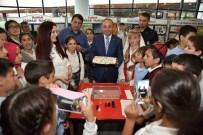 Başkan Üzülmez, Çocuklarla Ebru Sanatı Yaptı