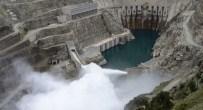 Deriner Barajı'nda Su Seviyesi Maksimuma Ulaştı
