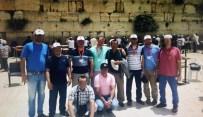 AĞLAMA DUVARı - FETÖ Şüphelilerinin Vatikan Ve Ağlama Duvarı Hatırası
