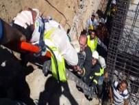 MAHMUT ÖZDEMIR - İnşaat Boşluğuna Düşen İşçi Yaralandı