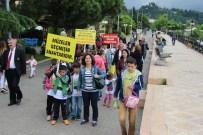 AHMET ORHAN - Öğrenciler Müzelerin Önemine Dikkat Çekmek İçin Yürüdü