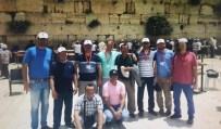 AĞLAMA DUVARı - Paralel Yapı Şüphelileri Ağlama Duvarı Önünde