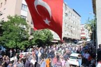 ORHAN YıLDıZ - Sultangazi'de Öldürülen Taksi Sürücüsü Son Yolculuğuna Uğurlandı