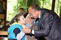AVNI AKYOL - Başkan Üzülmez Engellileri Unutmadı