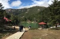 MURAT ERDOĞAN - Limni Gölüne Ziyaretçi Akını
