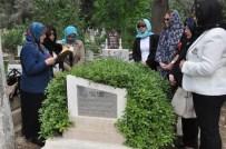 KIZ KAÇIRMA - Türkiye'nin Seçilmiş İlk Muhtarı Mezarı Başında Anıldı
