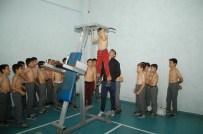 Geleceğin Güreşçileri Keles'te Yetiştiriliyor