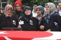 HÜSEYIN PARLAK - Balıkesirli Şehit Polis Toprağa Verildi