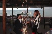 KADİR KARA - Karadenizli Damat Adayından Kayıklı Evlenme Teklifi