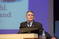 ÜSTÜN ZEKALILAR - Nobel Ödüllü Bilim Adamı Aziz Sancar, Üstün Zekalı Çocuklarla Buluştu