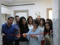 İLKOKUL ÖĞRETMENİ - Öğrencisinin Mutluluğunu Paylaşmak İçin Trbzon'dan Diyarbakır'a Geldi