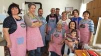 Burhaniye'de Emekliler Ressam Oldu