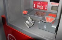GIZLI KAMERA - ATM'de Gizli Kamera Bulundu