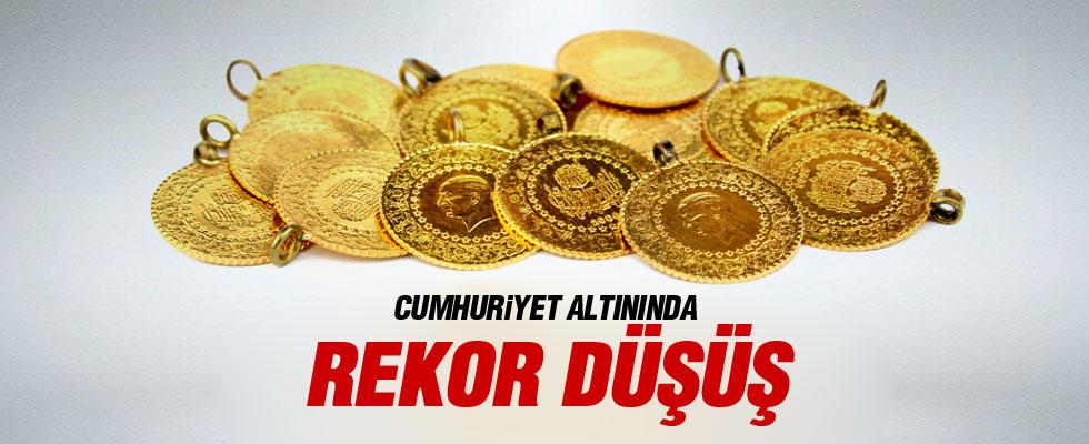 Cumhuriyet altını 15 lira birden düştü