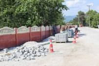 YAYA KALDIRIMI - Mollaköy'de Yollar Genişliyor