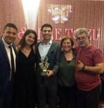 HALDUN DORMEN - En Başarılı Genç Kuşak Erkek Oyuncusu Bademler'e