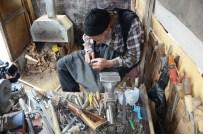 RAMAZAN DEDE - Eski Tüfek Dedikleri Bu Olsa Gerek