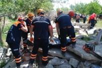 DİNLEME CİHAZI - Niğde'de Göçük Tatbikatı Yapıldı