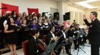 KALAFAT - Söke Kadın Meclisi Gönüllülerinin Tsm Konserine Tam Not