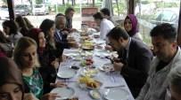 İŞİN ASLI - AK Kadınlar,Kahvaltı Verip Hediyeler Sundular