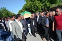 BAYıNDıRLıK VE İSKAN BAKANı - TBMM Başkanı Kahraman Eski Bakan Ergezen'in Eşi Cenazesine Katıldı