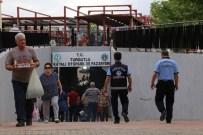 Turgutlu'da Pazaryeri, Otopark Ve Meydan Projesine Tam Not