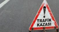 SERVİS OTOBÜSÜ - Cenaze Dönüşü Kaza Açıklaması 13 Yaralı