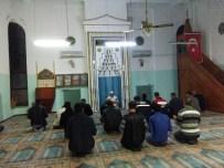 KıRKA - Bor İşçileri Miraç Kandilini İş Yerlerindeki Camide Kutladılar