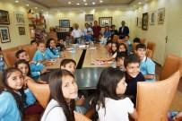 AYHAN ŞAHENK - Öğrenciler Sosyal Bilimler Dersini Başkan Yücel İle Birlikte Yaptı