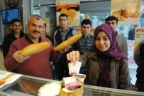 FEN BİLGİSİ ÖĞRETMENLİĞİ - Üniversite Öğrencilerinden Askıya 'Bin Ekmek'