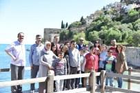 TÜRKAN SABANCı - Engelli Öğrenciler Alanya'nın Tarihi Yerlerini Gezdi