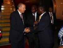FAHRİ DOKTORA - Cumhurbaşkanı Erdoğan, Uganda'da top atışlarıyla karşılandı