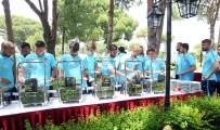 AKTÜEL - İlber Ortaylı, A Milli Takım'ın Kampını Ziyaret Etti