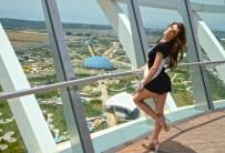 SIBIRYA - Kraliçe Adayları EXPO 2016'Ya Hayran Kaldı