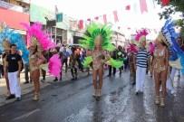 NURİ ALÇO - Rio Karnavalı Gibi 'Kiraz Festivali'