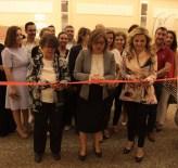 ANNELER GÜNÜ - Üniversiteli Kadınların Yardım Kermesi Büyük İlgi Gördü