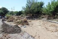 Dörtyol'da Sel Açıklaması 10 Evi Ve 2 Ahırı Su Bastı, 40 Tavuk Telef Oldu, İki Köprü Hasar Gördü