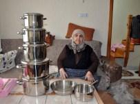 AYŞE ŞAHİN - Almanya'da Komşusuna Emanet Ettiği Tencere Takımı 30 Yıl Sonra Kendisine Ulaştı