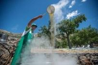 AHMET ÖZEN - Tut'da 'Dut' Hasadı Başladı