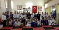 HALİL ÖZCAN - Jiu Jitsu Turnuvasında Madalyalar Verildi
