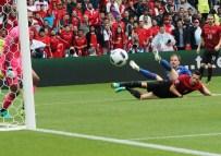 HAKAN BALTA - Milliler EURO 2016'Ya Mağlubiyetle Başladı Açıklaması1-0