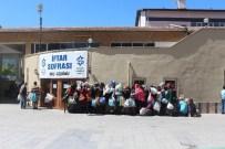 AYHAN ŞAHENK - Ayhan Şahenk Vakfı Ramazanda Günde 2 Bin 600 Kişiye Sıcak Yemek Veriyor