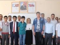 NURETTIN YıLMAZ - Teröristlerin yaktığı okullardan TEOG birincileri çıktı