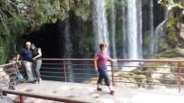 ÇEVRE VE ORMAN BAKANLıĞı - Yerköprü Şelalesi'ne Ziyaretçi Akını