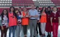 Kovancılar'da Spor Müsabakalarında Dereceye Okulların Kupaları Verildi
