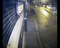 Kağıt Toplama Arabasıyla Hırsızlık Yapan Şebeke Kamerada