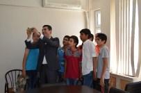 TUNCELİ VALİSİ - Çemişgezek Kaymakamı Kazez, Başarının Selfiesini Çekti
